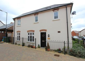 Thumbnail 3 bed detached house to rent in Skinner Road, Aylesbury