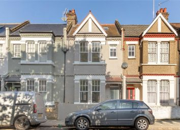 3 bed town house for sale in Shinfield Street, London W12