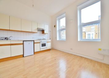 Thumbnail Studio to rent in Rowhill Road, London