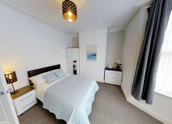Thumbnail 5 bedroom property to rent in Old Tovil Road, Maidstone, Kent
