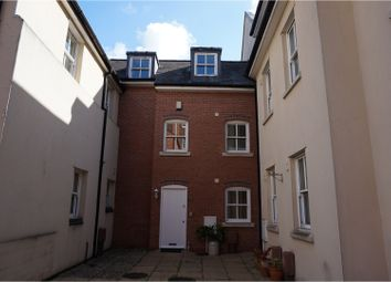 Thumbnail 3 bed town house for sale in Clarendon Avenue, Leamington Spa