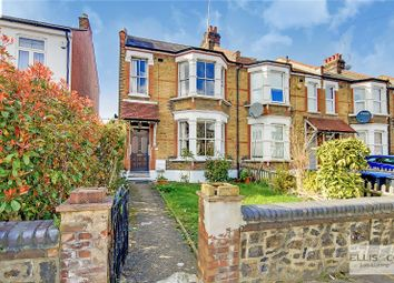 3 bed end terrace house for sale in Warwick Road, London N11