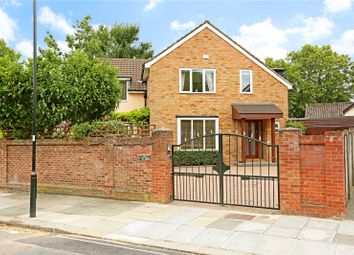 Picton Court, Highview Road, Ealing W13. 3 bed detached house