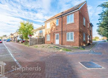 Thumbnail 1 bed flat to rent in Lea Road, Hoddesdon, Hertfordshire