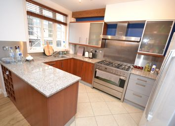 Thumbnail 2 bed flat to rent in Castle Gate, Nottingham