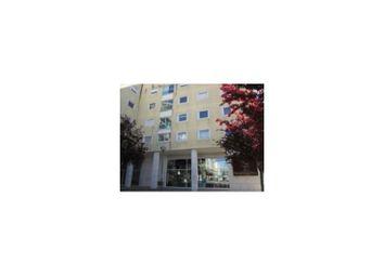 Thumbnail 3 bed apartment for sale in R. Dr. José Da Cunha, 2780 Oeiras, Portugal