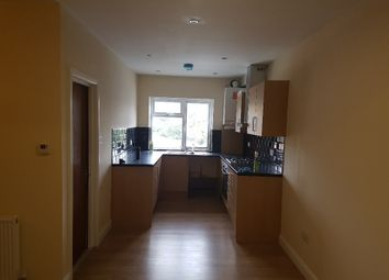 Thumbnail 1 bed flat to rent in Great West Raod, Hounslow