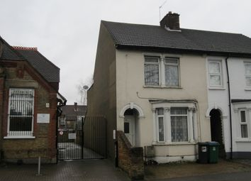Thumbnail 3 bedroom shared accommodation to rent in Vicarage Road, Watford
