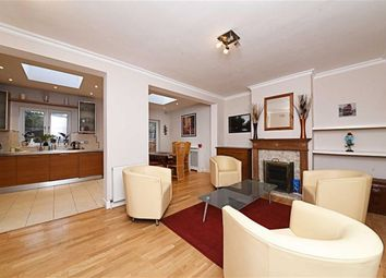 Thumbnail 4 bed property to rent in Devonshire Road, Mill Hill, London
