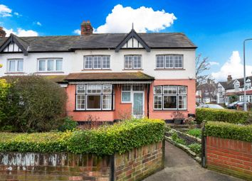 3 bed property for sale in Geariesville Gardens, Ilford IG6
