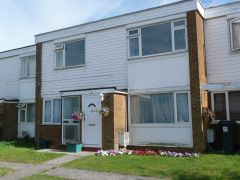 2 bed flat to rent in Tamar Rise, Springfield, Chelmsford, Essex CM1