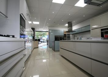 Golders Green Road, London, London NW11. Retail premises to let