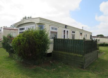 Thumbnail 2 bed mobile/park home for sale in Lords Lane, Burgh Castle, Great Yarmouth