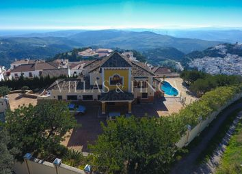 Thumbnail 4 bed villa for sale in Casares, Malaga, Spain