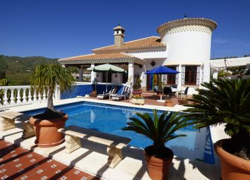 Thumbnail 3 bed villa for sale in Calle Benajarafe, 29591 Málaga, Spain