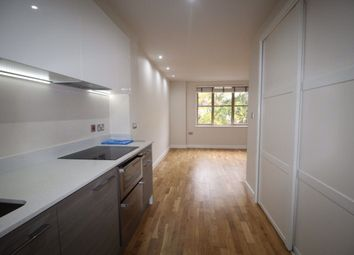Balmoral House, Charteris Road, Woodford Green IG8. Studio to rent