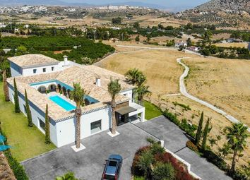Thumbnail 8 bed country house for sale in Coin, Málaga, Spain