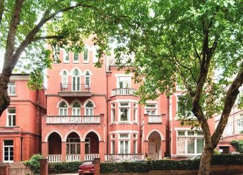 Thumbnail 4 bed flat to rent in Hampstead Heights, London