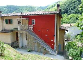 Thumbnail 2 bed apartment for sale in Gallicano, Gallicano, Lucca, Tuscany, Italy