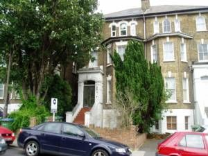 Thumbnail 1 bed flat to rent in Footscray Road, Eltham