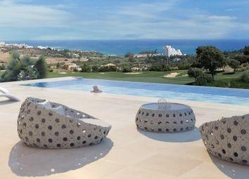 Thumbnail 4 bed villa for sale in Spain, Málaga, Estepona, Valle Romano
