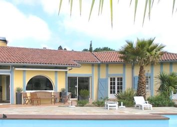 Thumbnail 5 bed villa for sale in Villa Warners Ranch, Only A Few Minutes From The Beaches, Calm And Private Location, France