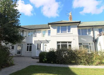 Thumbnail 3 bed flat to rent in Florida Court, Bath Road, Reading