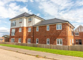 Thumbnail 1 bedroom flat for sale in Flat 2 Gilbert Close, Padworth, Reading