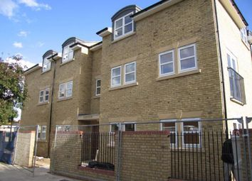 Thumbnail 1 bed flat to rent in Montayne Road, Cheshunt, Hertfordshire