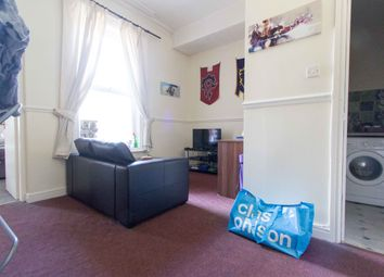 Thumbnail 1 bedroom flat to rent in Flat 4, 257 Hyde Park Road, Hyde Park