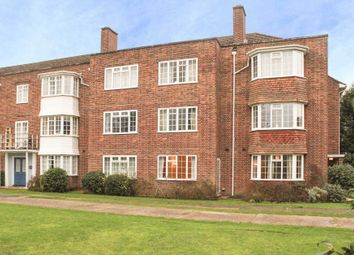 Thumbnail 2 bed maisonette to rent in Giggs Hill Gardens, Thames Ditton