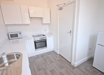 Thumbnail 3 bed flat to rent in 3 Elm Avenue, Nottingham
