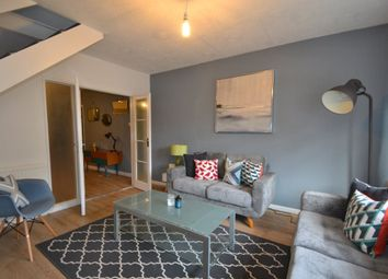 Thumbnail 4 bed property to rent in Downfield Road, Clifton, Bristol