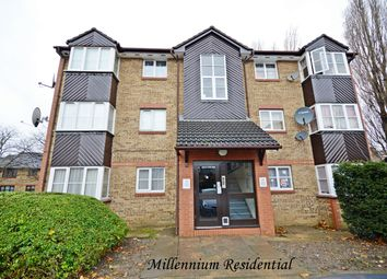 Thumbnail 1 bedroom flat to rent in Cygnet Close, London