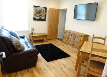 Thumbnail 2 bed flat to rent in Uplands Crescent, Uplands, Swansea 800.00