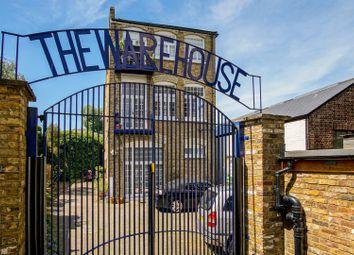Thumbnail 1 bed flat for sale in King Henrys Walk, Islington