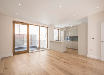 Thumbnail 4 bed mews house to rent in Meadow Road, London