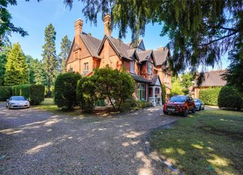 3 bed flat for sale in Cavendish Road, Weybridge, Surrey KT13