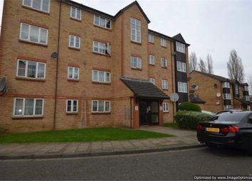Thumbnail 2 bedroom flat to rent in Cygnet Close, London