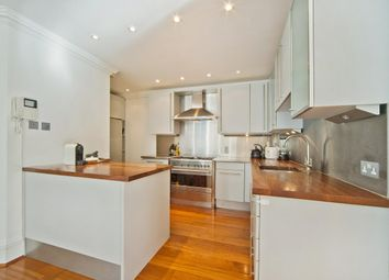 3 bed maisonette to rent in Ferncroft Avenue, Hampstead, London NW3