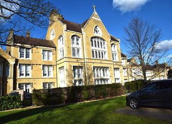 Thumbnail 3 bed flat for sale in Chapel Drive, Dartford