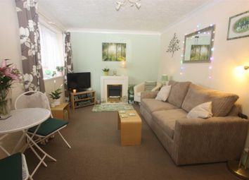 Thumbnail 1 bed flat to rent in The Doves, Weymouth