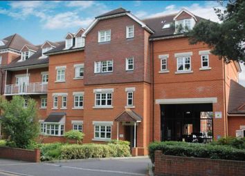 Thumbnail 1 bed flat to rent in Heathside Road, Woking