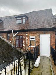 2 bed maisonette to rent in Sun Street, Waltham Abbey EN9