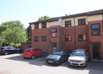 Thumbnail 1 bed property to rent in London Road, High Wycombe