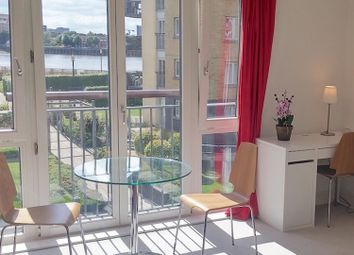 Thumbnail 2 bed flat to rent in Franklin Building, 10 Westferry Road, London