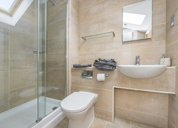 Thumbnail 3 bed flat to rent in Hampton Court Road, East Molesey
