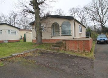 Thumbnail 2 bedroom mobile/park home for sale in Stonehill Woods Park, Old London Road, Sidcup