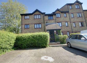 1 bed flat to rent in Green Pond Close, Walthamstow, London E17