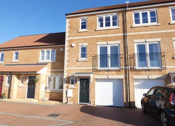 4 bed property for sale in Wolsey Way, Lincoln LN2